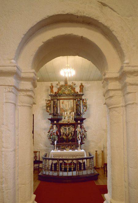 5. Alstahaug_kirke