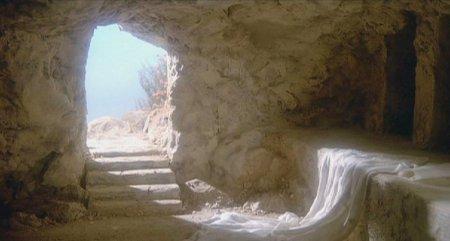 I38 empty tomb