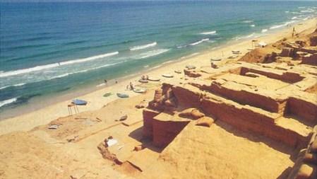J47 Gaza ruins