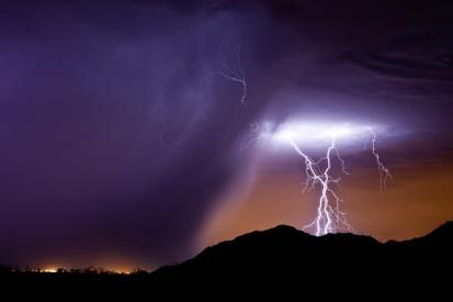 P135 lightning