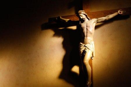 Ex37 crucifix-