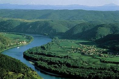 Job41 Danube-River