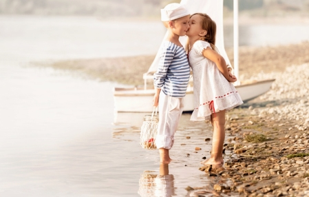 SoS4 kiss
